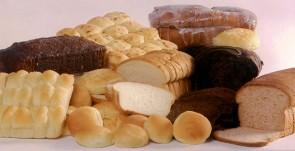 Pão fresquinho a toda hora, tortas, doces, roscas, salgadinhos, tudo feito com carinho e dedicação.
